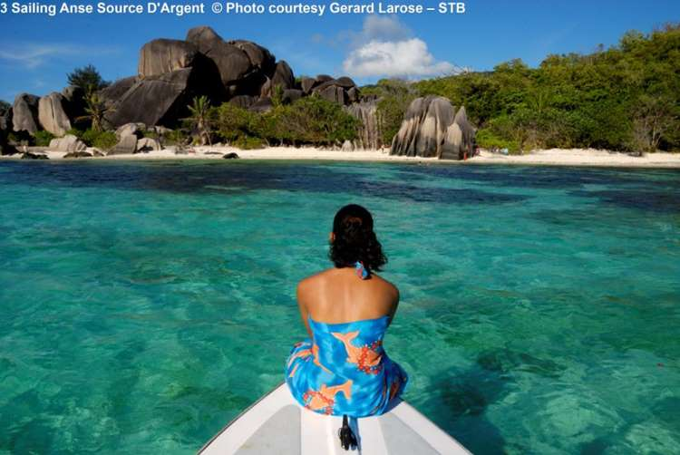 Sailing Anse Source DArgent