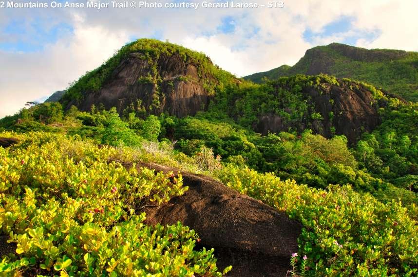 Bergen bij Anse Major Trail