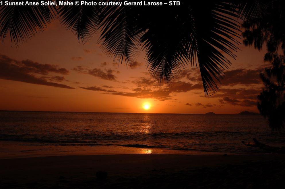 Sunset Anse Soleil, Mahe