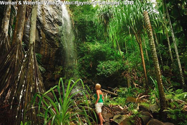 Woman & Waterfall Valle De Mai©Raymond Sahuquet STB