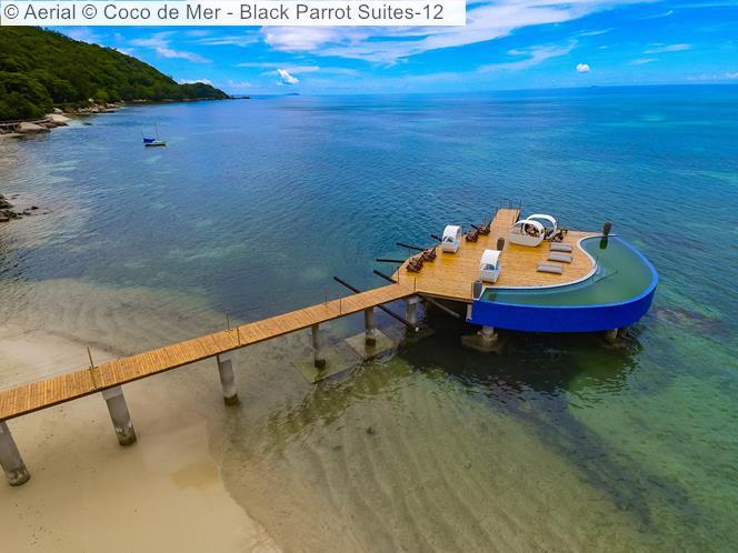 Aerial © Coco De Mer Black Parrot Suite