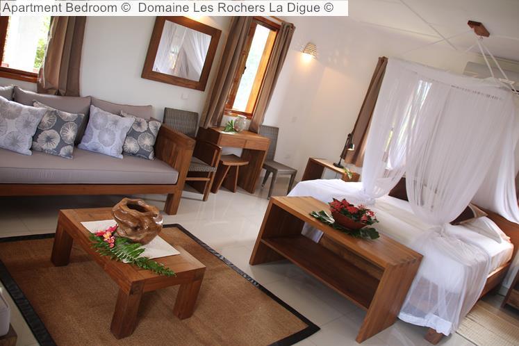 Apartment Bedroom © Domaine Les Rochers La Digue ©