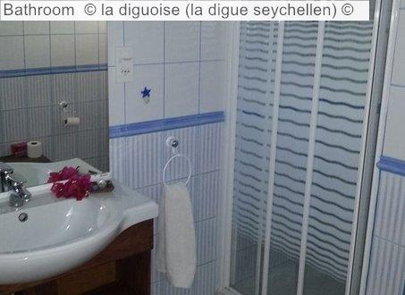 Bathroom © La Diguoise (la Digue Seychellen) ©