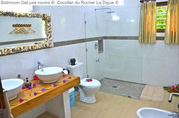 Bathroom DeLuxe Rooms © Cocotier Du Rocher La Digue ©
