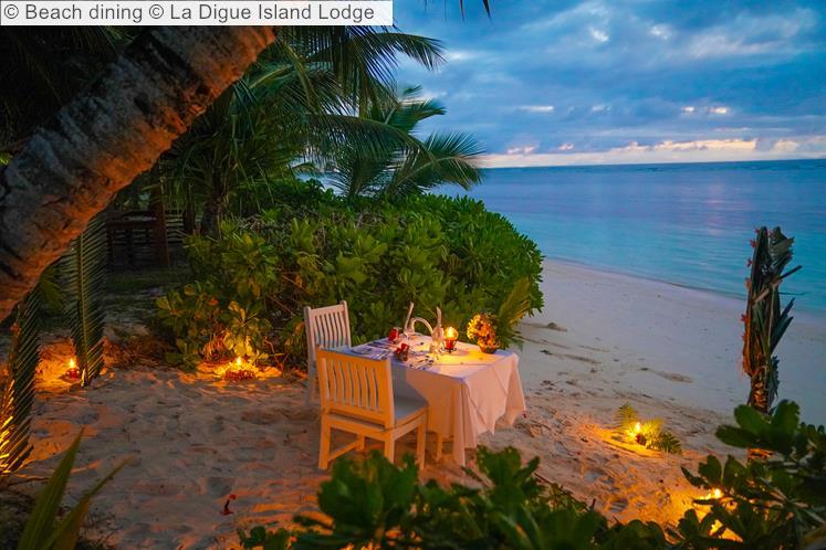 Beach Dining © La Digue Island Lodge