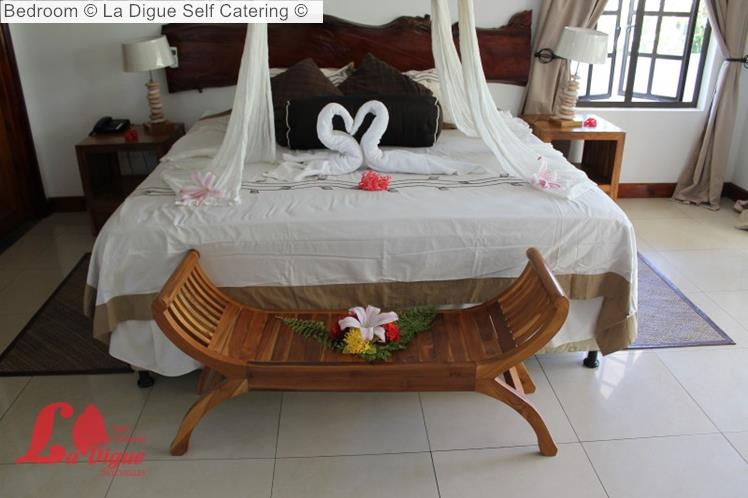 Bedroom © La Digue Self Catering ©