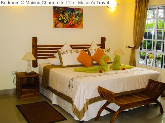 Bedroom Maison Charme de LIle