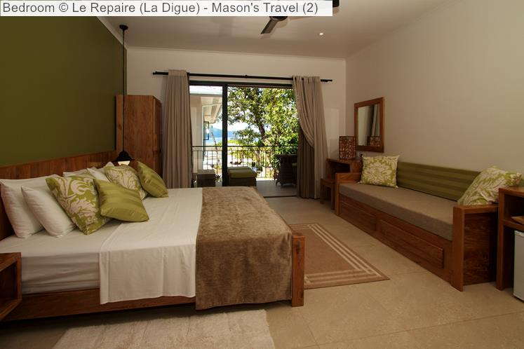 Bedroom of Le Repaire (La Digue)