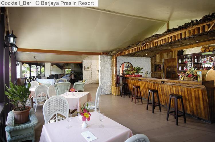 Cocktail Bar © Berjaya Praslin Resort