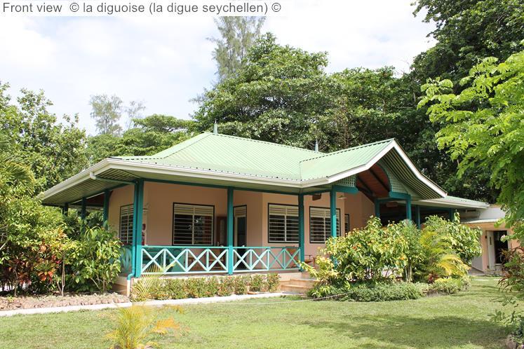 Front view la diguoise la digue seychellen