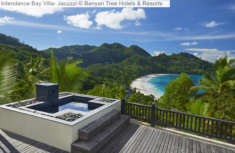 Intendance Bay Villa Jacuzzi © Banyan Tree Hotels & Resorts (Seychelles)