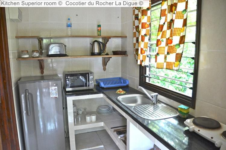 Kitchen Superior Room © Cocotier Du Rocher La Digue ©