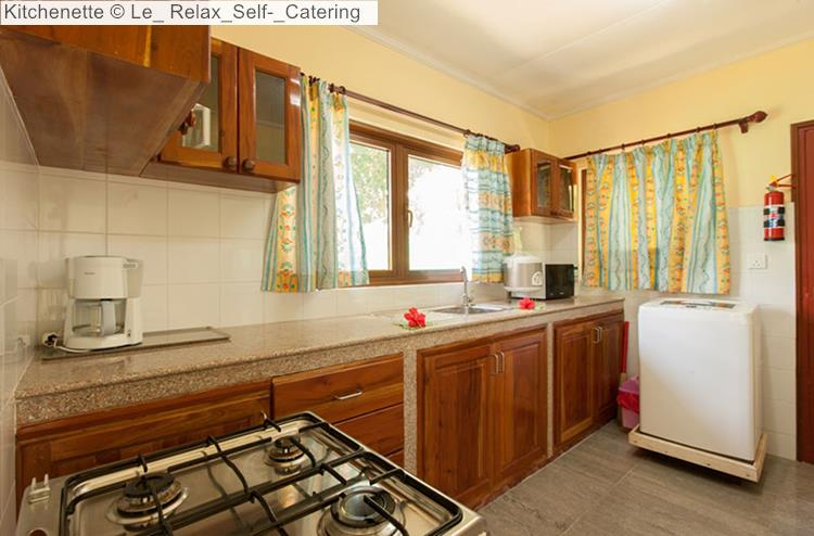 Kitchenette of Le Relax Self Catering (La Digue)