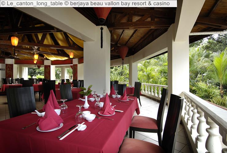 Le Canton Long Table © Berjaya Beau Vallon Bay Resort & Casino