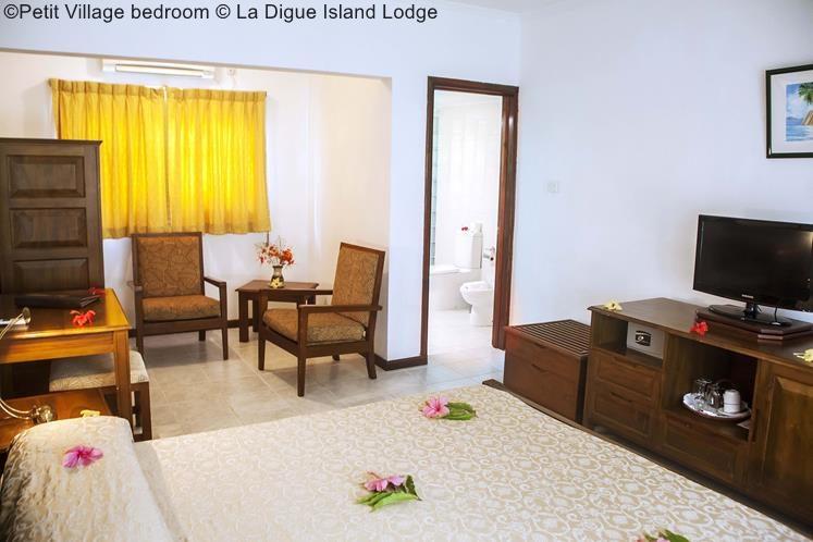 Petit Village Bedroom © La Digue Island Lodge
