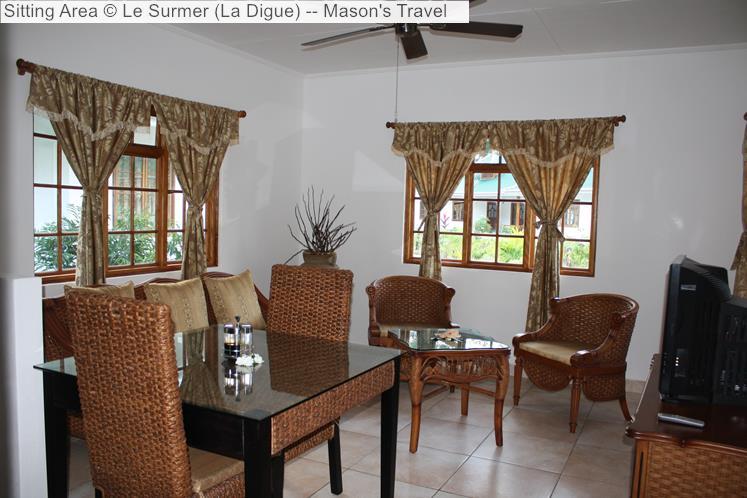 Sitting area of Le Surmer Chalets (La Digue)