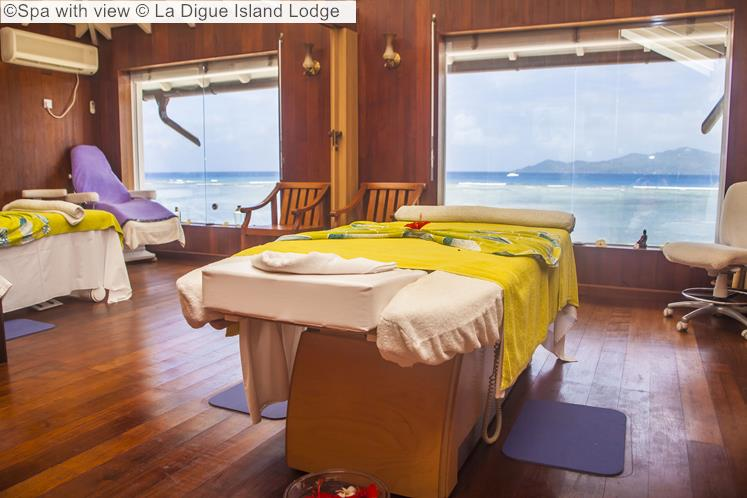Spa With View © La Digue Island
