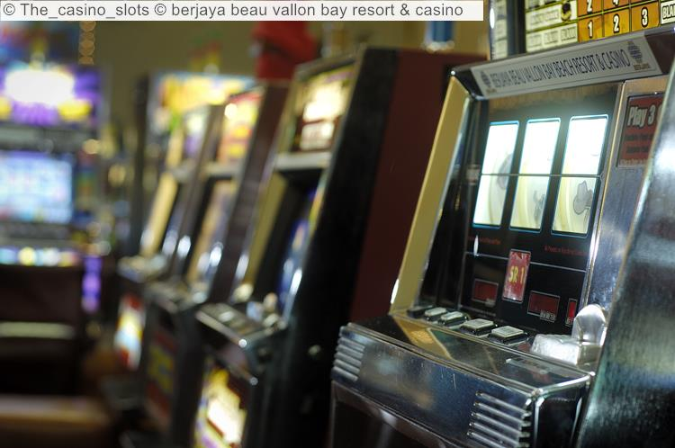 The Casino Slots © Berjaya Beau Vallon Bay Resort & Casino