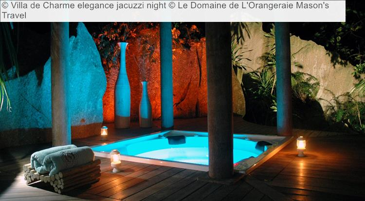 Villa De Charme Elegance Jacuzzi Night © Le Domaine De L'Orangeraie