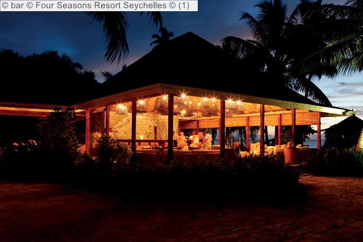 Bar © Four Seasons Resort Seychelles ©