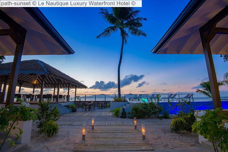 Path Sunset © Le Nautique Luxury Waterfront Hotel ©