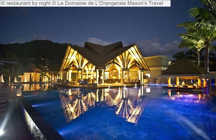 restaurant by night Le Domaine de LOrangeraie
