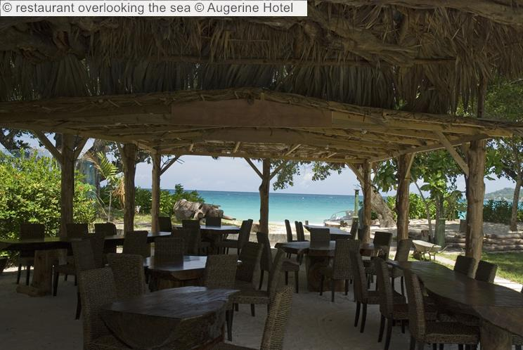 Restaurant Overlooking The Sea © Augerine Hotel