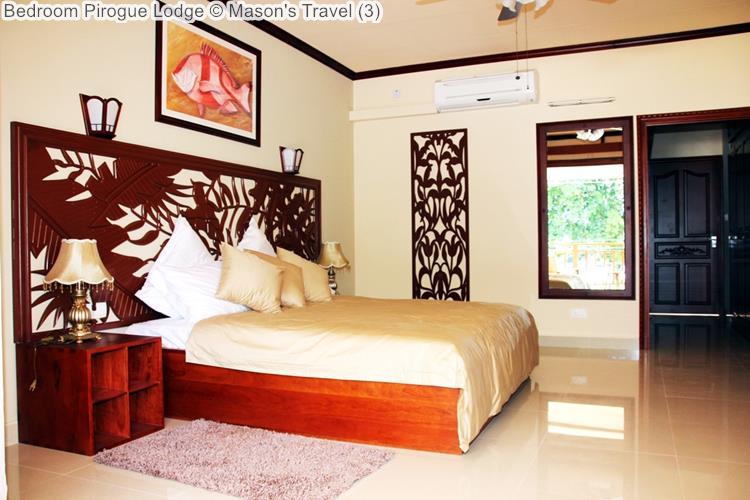 Bedroom Pirogue Lodge