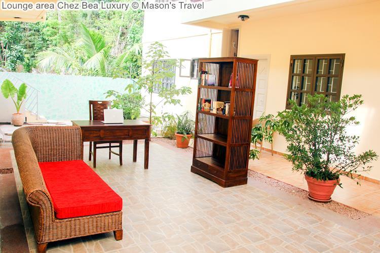 Lounge area Chez Bea Luxury