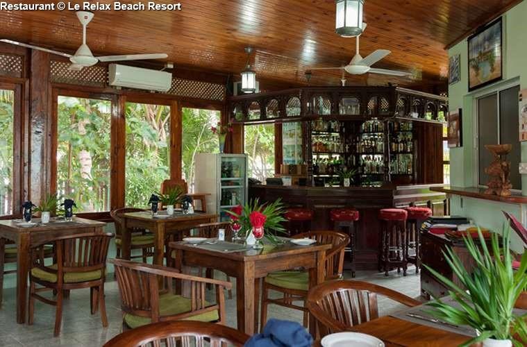 Restaurant Of Le Relax Beach Resort