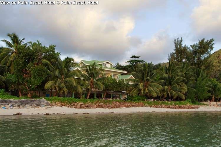 gezicht opPalm Beach Hotel Palm Beach Hotel