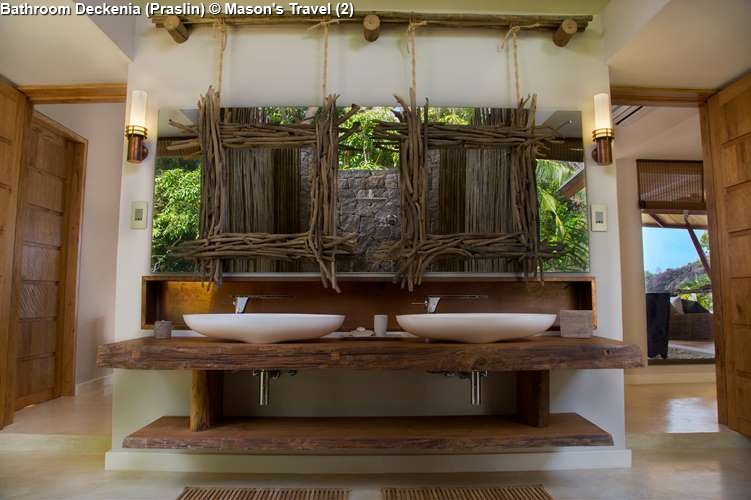 Bathroom Deckenia Praslin