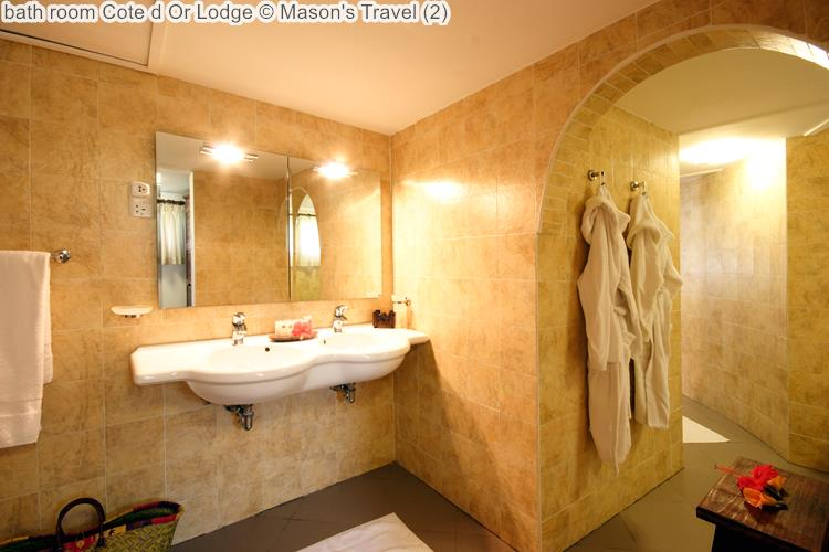 bath room Cote d Or Lodge