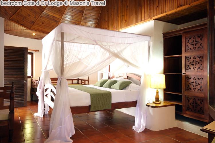 Bedroom Cote D Or Lodge ©