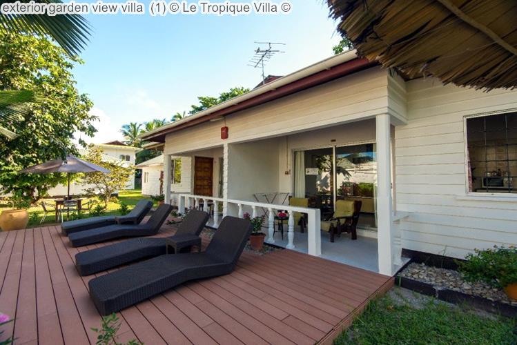 exterior garden view villa Le Tropique Villa