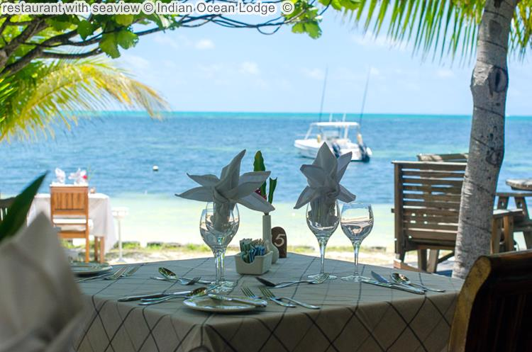 restaurant with seaview Indian Ocean Lodge