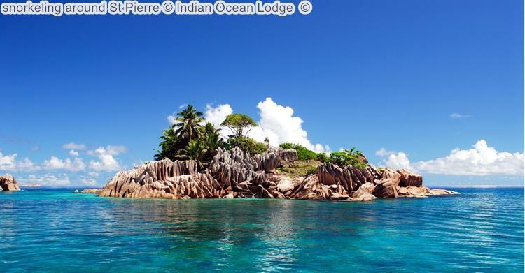 Snorkeling Around St Pierre © Indian Ocean Lodge