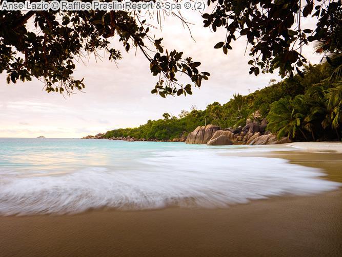 Anse Lazio Raffles Praslin Resort Spa