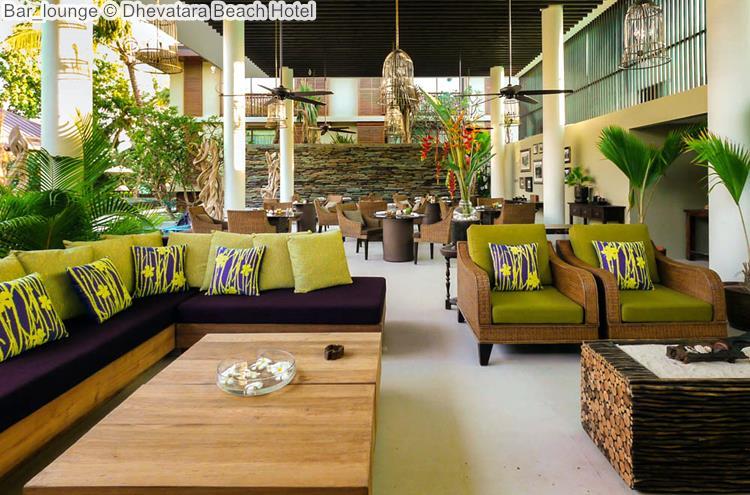 Bar lounge Dhevatara Beach Hotel
