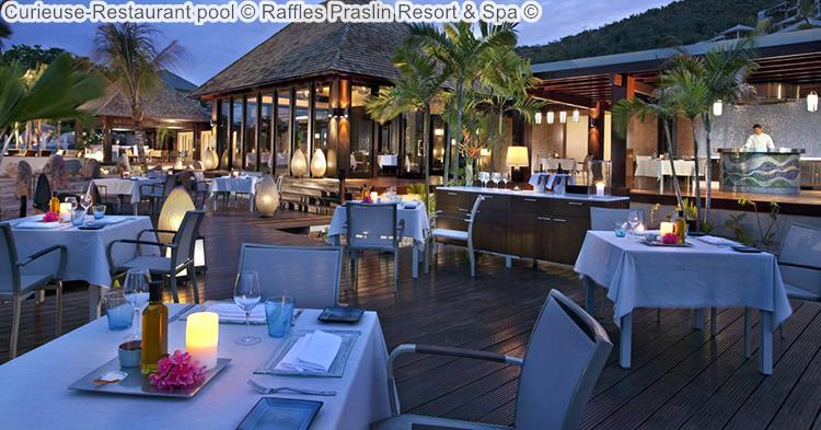 Curieuse Restaurant Pool © Raffles Praslin Resort & Spa ©
