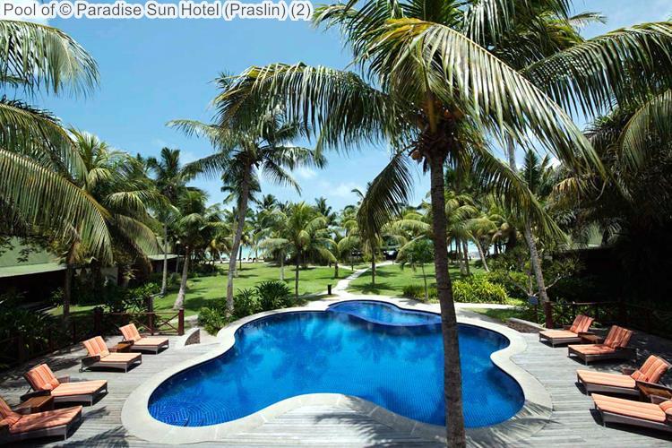 Pool of Paradise Sun Hotel Praslin