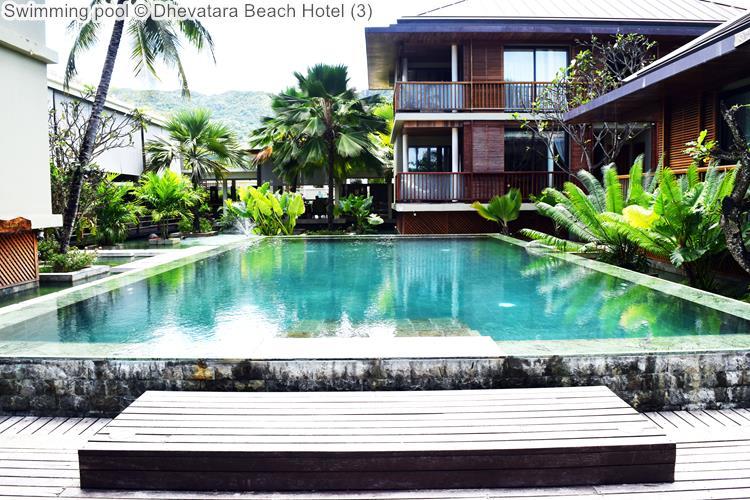 Swimming Pool © Dhevatara Beach Hotel
