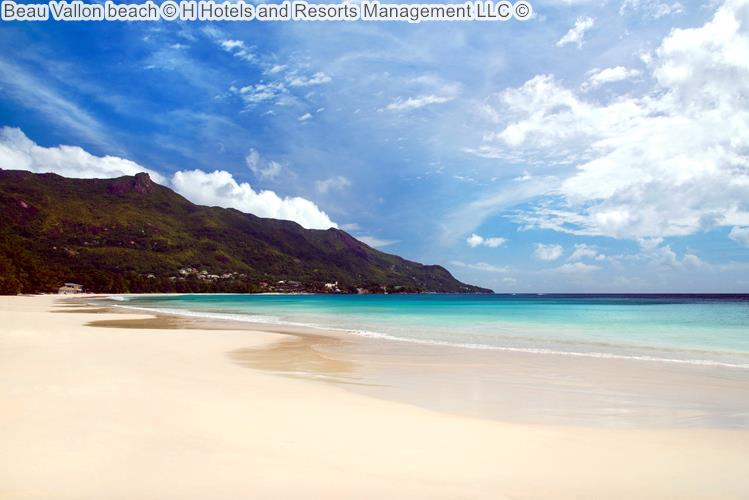 Beau Vallon Beach © The H Resort Beau Vallon Beach ©