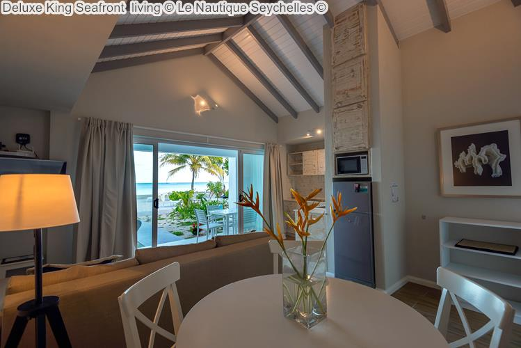 Deluxe King Seafront living Le Nautique Seychelles