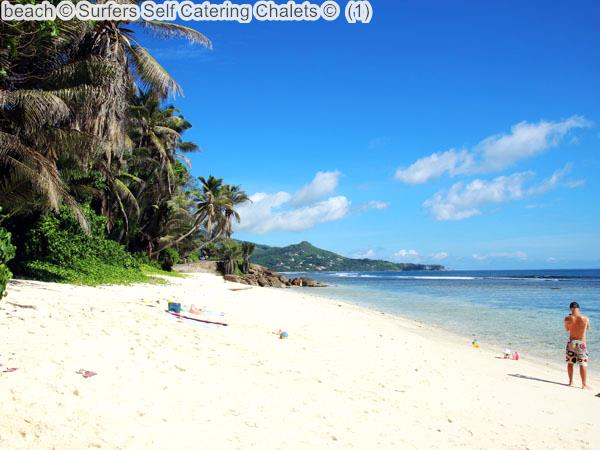Beach © Surfers Self Catering Chalets ©