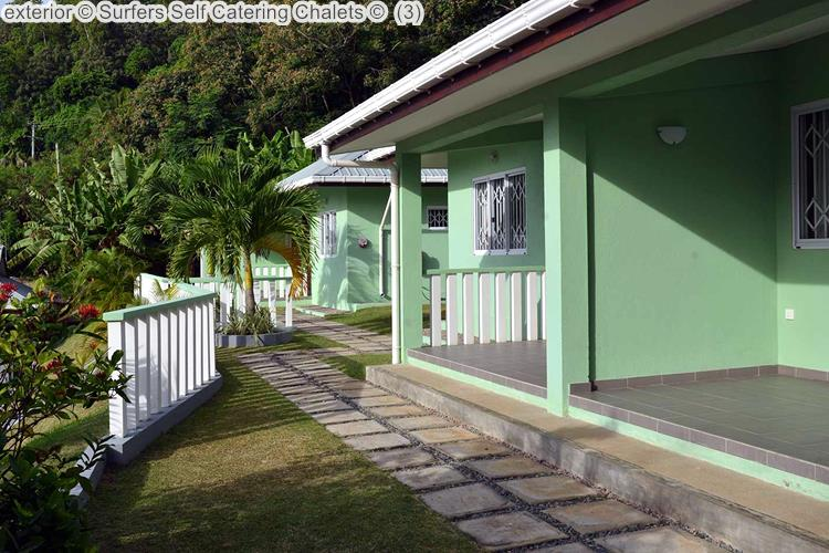 exterior Surfers Self Catering Chalets
