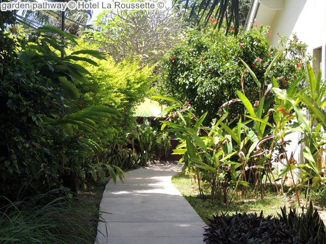 garden pathway Hotel La Roussette