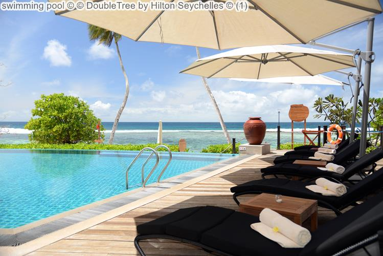 swimming pool DoubleTree by Hilton Seychelles