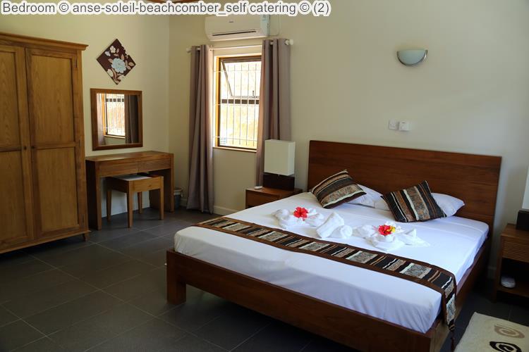 slaapkamer Anse Soleil Beachcomber self catering Mahé Seychellen