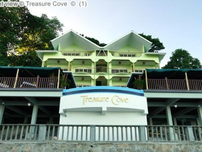 Front view Treasure Cove
